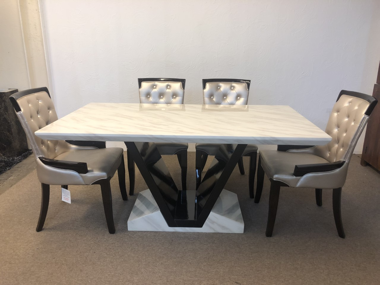 Marble Dining Table And 6 Chairs: Munich 160cm Marble Dining Table And 6 Gold Straightback